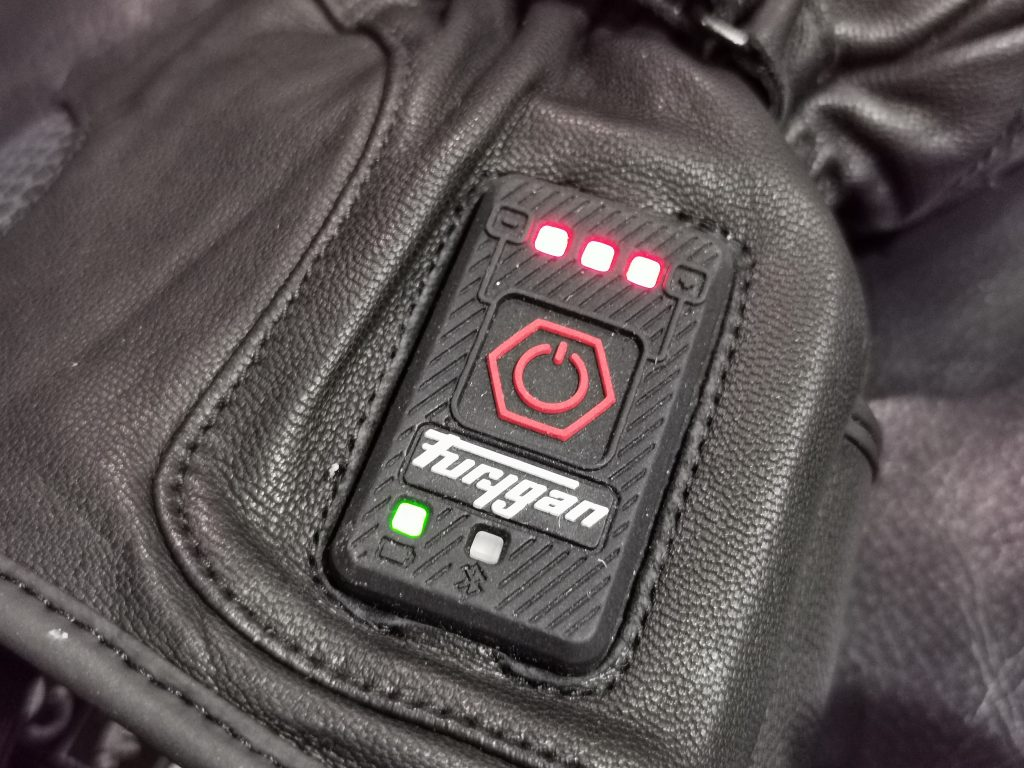 Gant moto hiver chauffant | le comparatif des système de chauffe