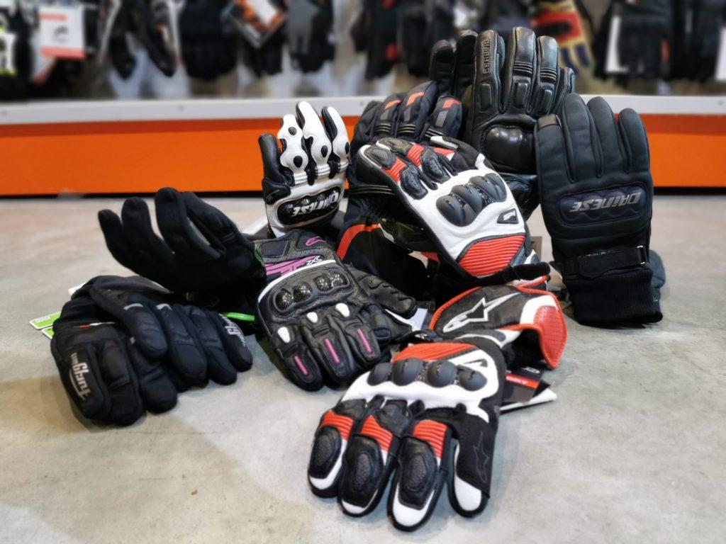 Homologation gants moto