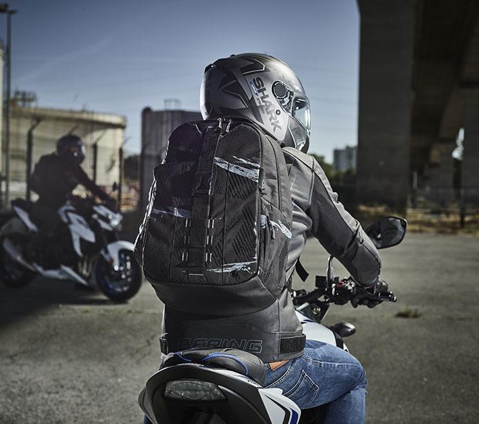 Sac à dos moto : l'anti top-case !