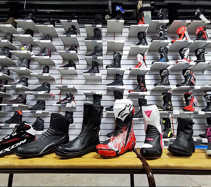 Bien choisir ses chaussures moto