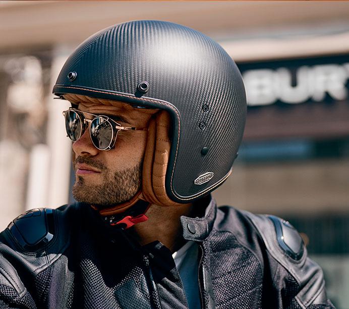 Quel casque pour rouler en scooter ? Le Guide